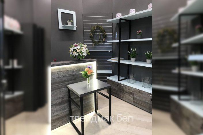 Магазин по продаже дорогих цветом мебель